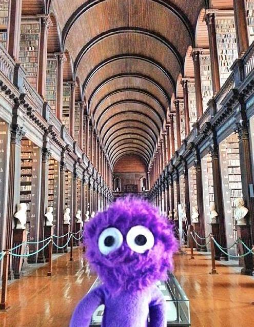 kukla-sureyya-irlanda-dublin-trinity-college-long-room