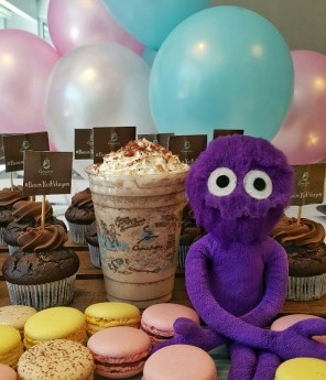 kukla-sureyya-caribou-coffee-tiramisu-belenden-cupcake-caddebostan