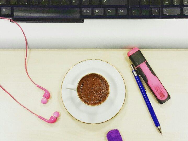 Klasik bir iş yeri sabahı nasıl geçer?