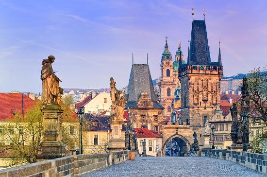 Prag'da Nelere Dikkat Etmek Gerekir? Döviz Bozdurma, Taksi ve Yankecisiler